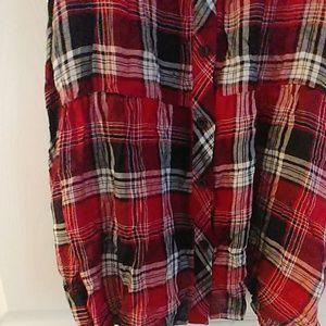 VENUS Tops - Plaid cold shoulder blouse
